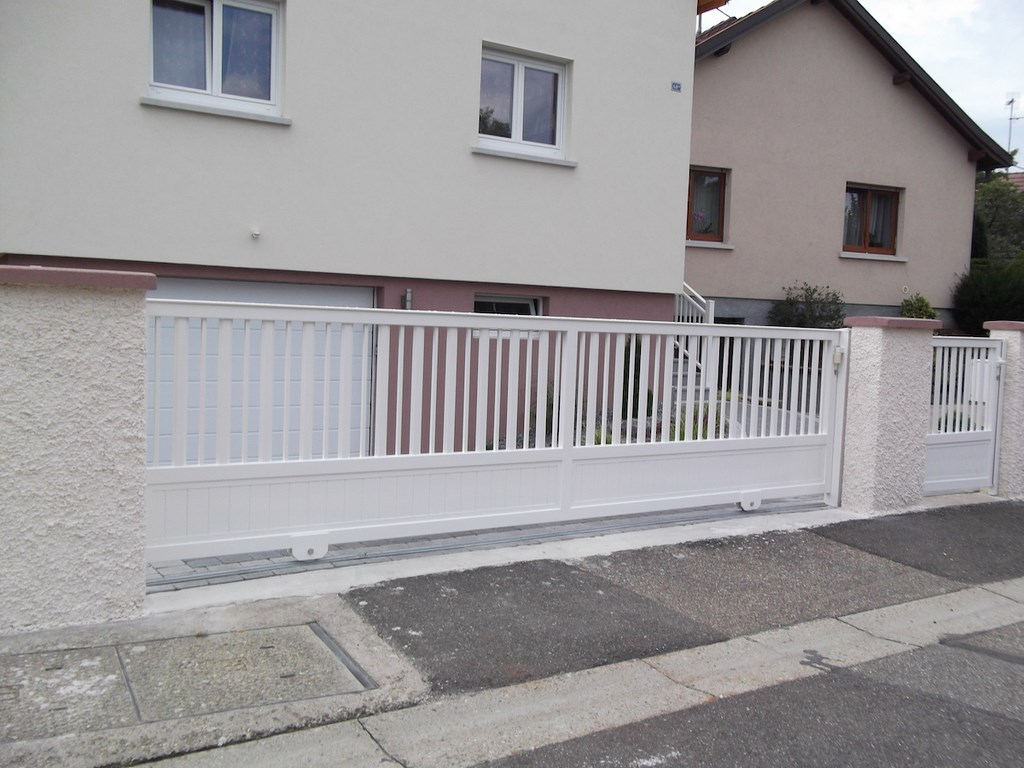 09-portail-moderne